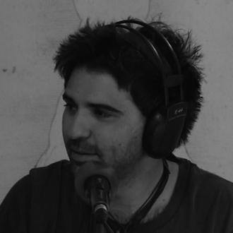 """Daniel Valverde autor de """"Se Abren las Puertas del Sótano"""""""